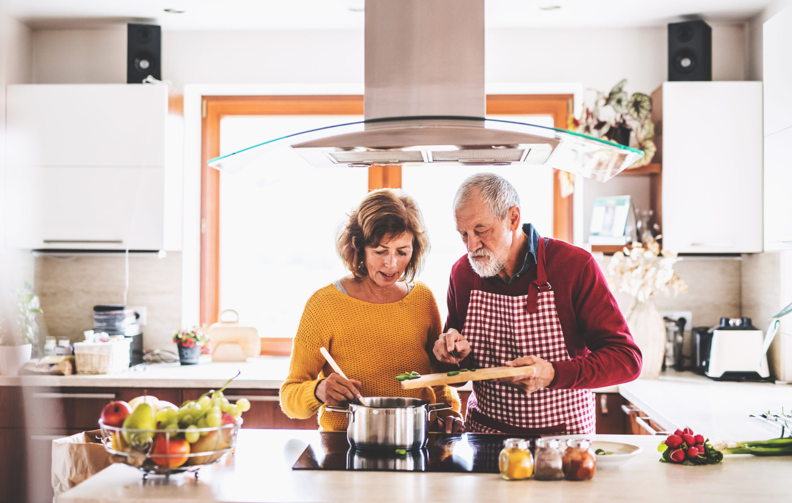 Aging Well and the Link to Maintaining Healthy Blood Sugar Levels
